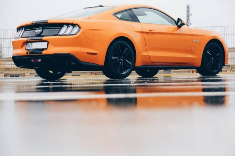 rent a Ford Mustang GT Facelift in Munich 4