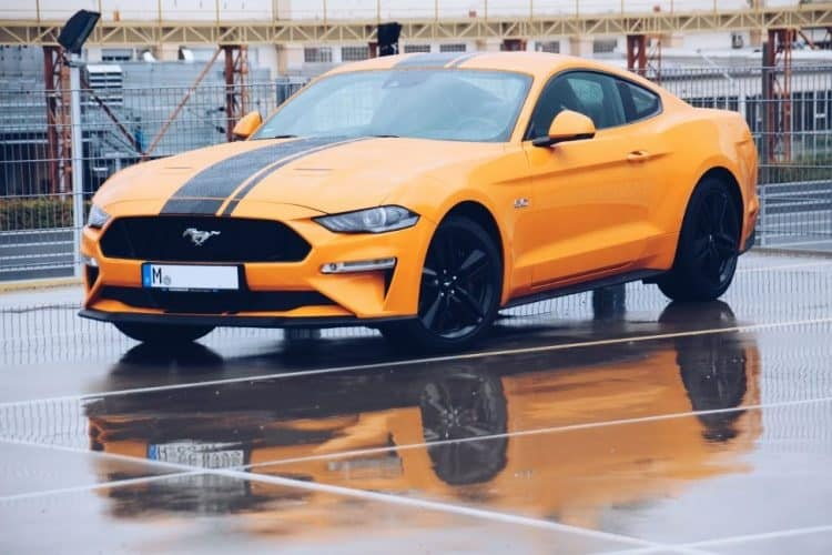rent a Ford Mustang GT Facelift in Munich 1