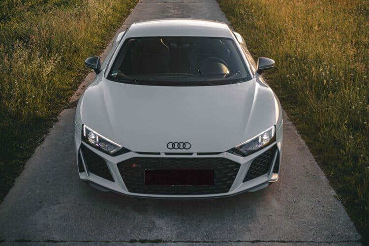 Rent an Audi R8 V10 Performance in Munich