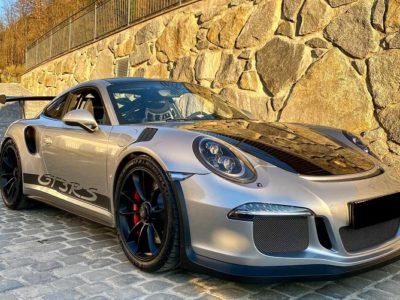 Rent a Porsche 911 GT3 in Innsbruck